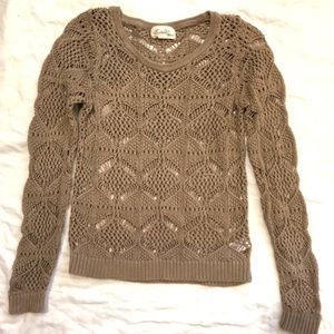 Knit Sweater - Fitted